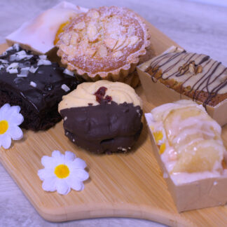 The Daisy Cottage Farm Gluten Free Selection Box